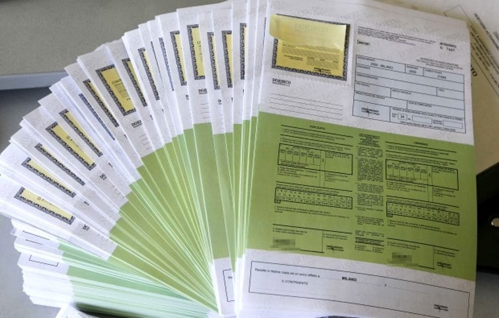 La carta verde: cos'è e a cosa serve