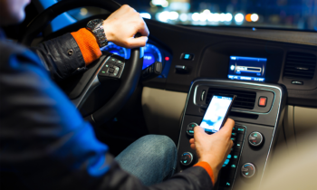Cellulare alla guida: aumenta l'importo delle sanzioni