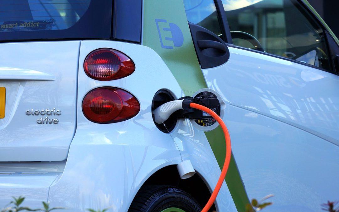 Costo assicurazione auto elettriche e ibride