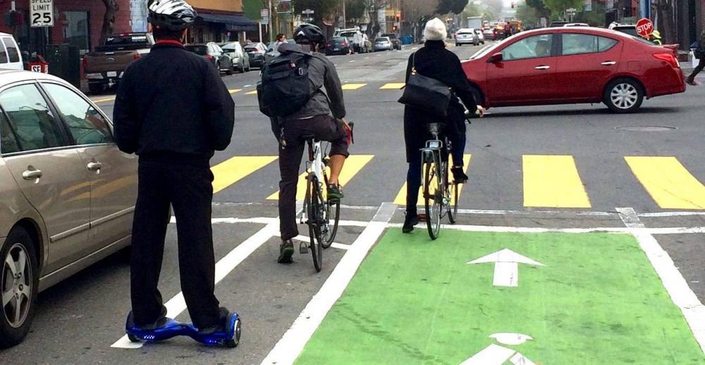 Codice della Strada 2019 stop alla distanza di 1,5 metri fra bici e auto